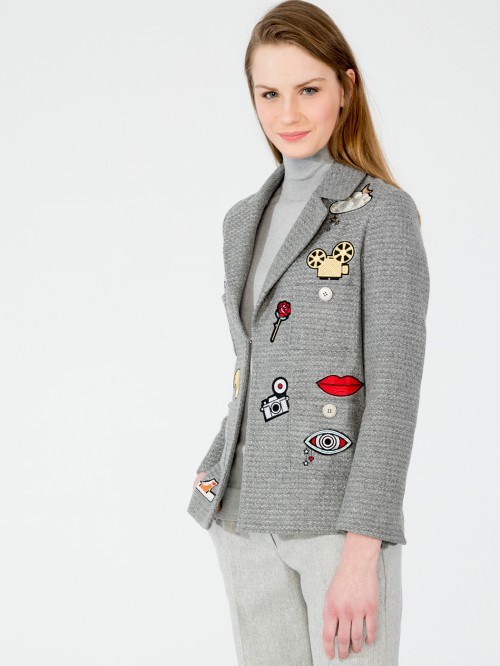 AMBER EMB JACKET IN GREY SILVER