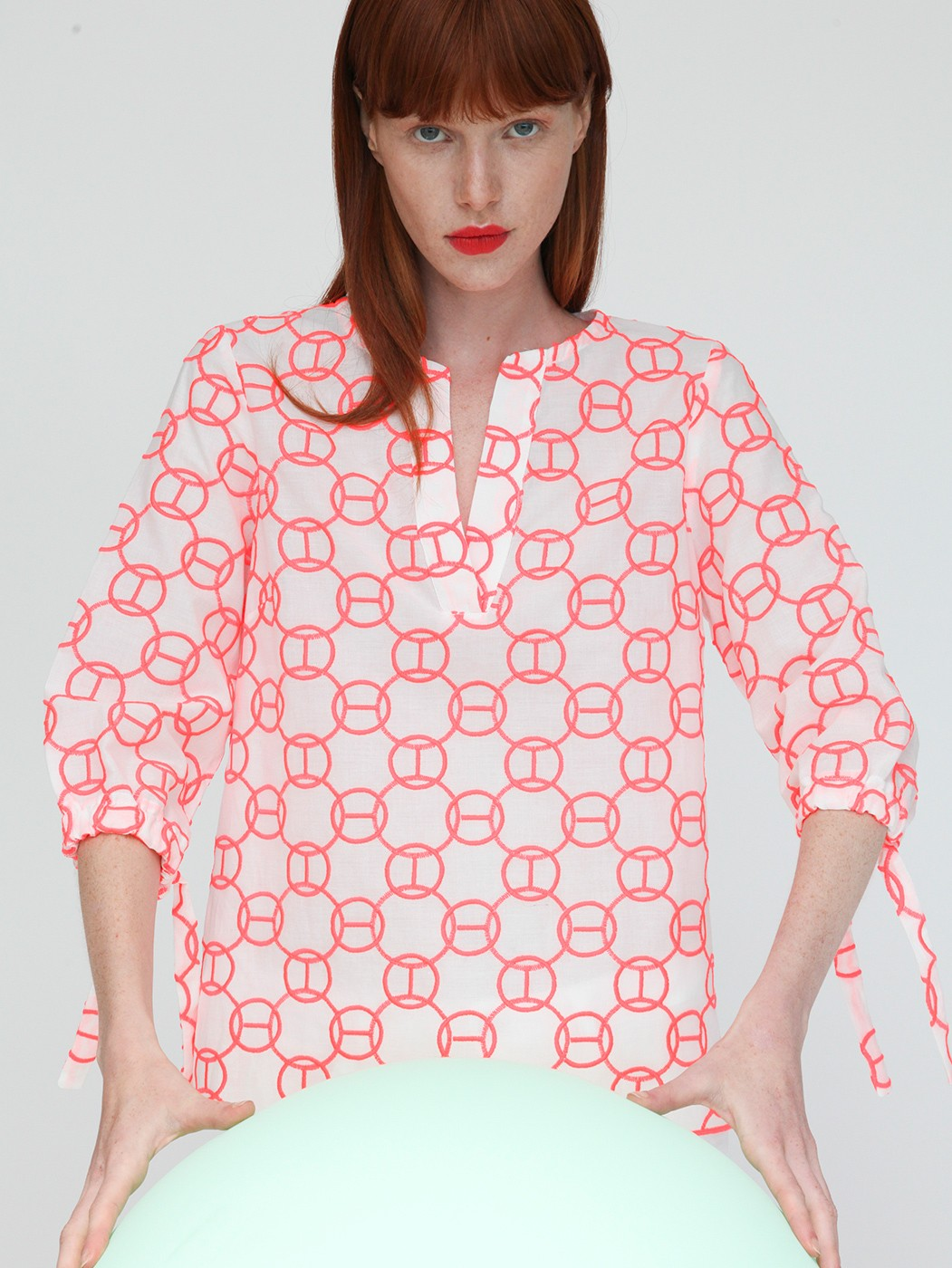 ANALISSA SHIRT NEON EMBROIDERY