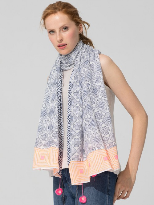 FOULARD EMBROIDERED PATCHWORK