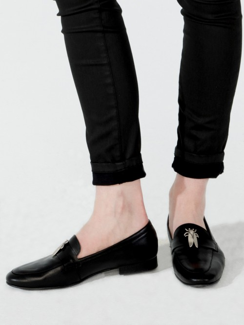 GUMERSINDA BLACK BEETLE LOAFERS